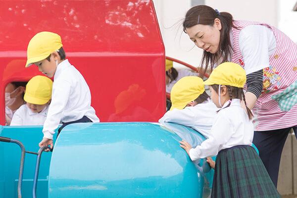 きたかしわ幼稚園の先生